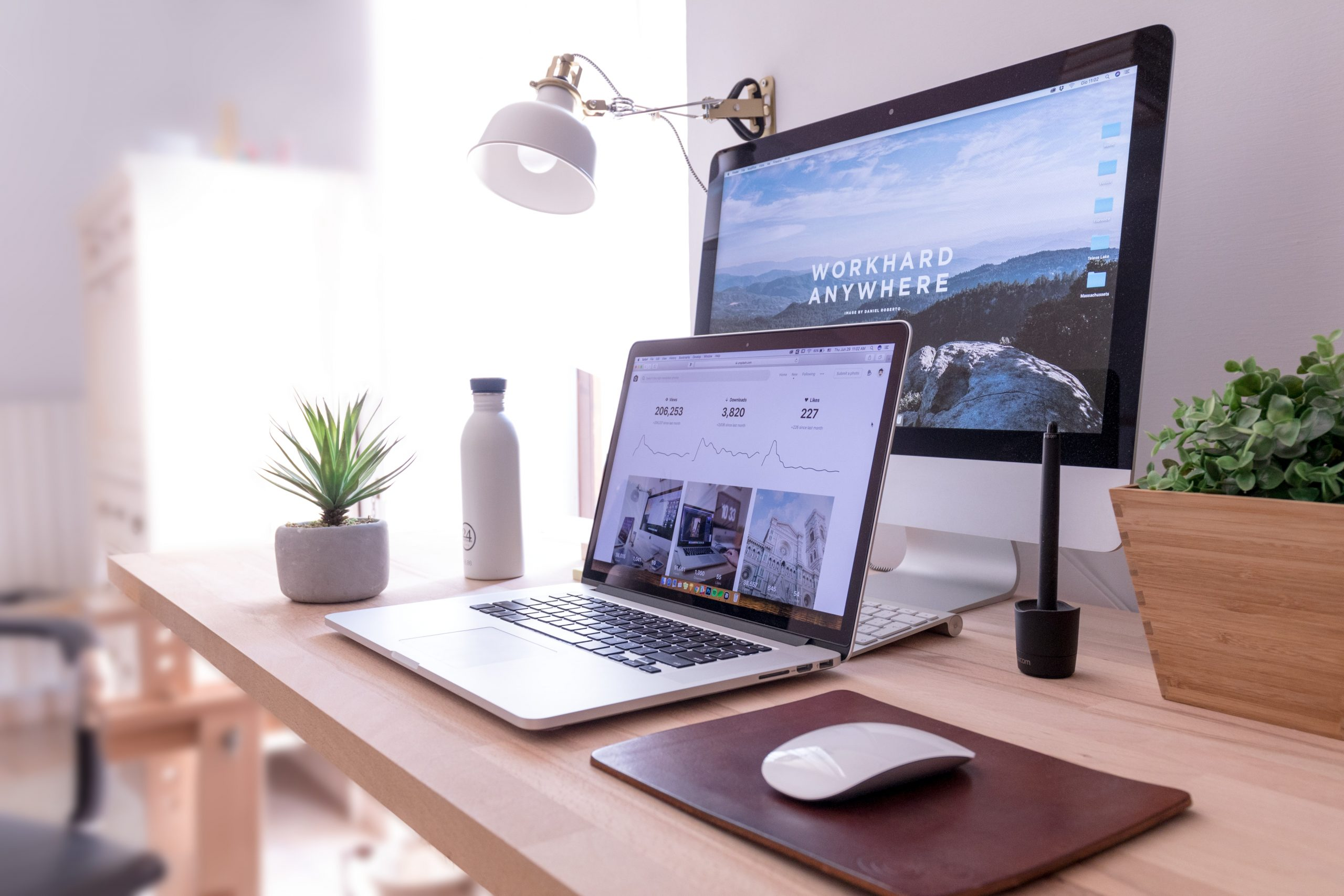 Work Hard Anywhere home office for virtual assistants with Emily Reagan PR
